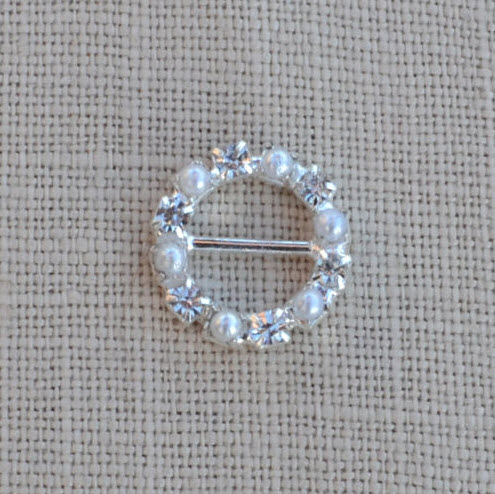 Cheap Vintage Wedding Small Pearl and  Diamante Buckle Wedding Slider  | Diamante Embellishments